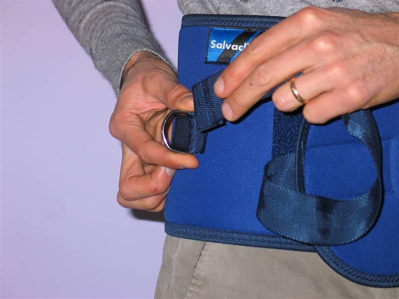 cintura di contenzione letto - come si indossa 3