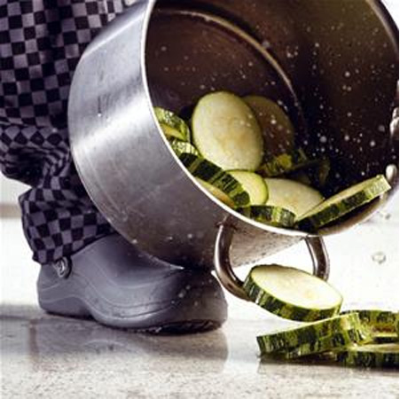 zoccoli-con-puntale-ideali-in-cucina