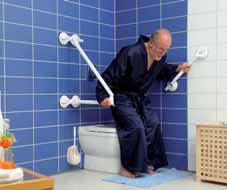 Esempio di utilizzo delle  maniglie da bagno a ventosa